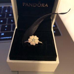 Pandora sterling silver flower ring size 58